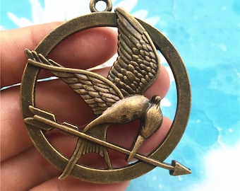 Clear Sale Heavy 3pc 55mm antiqued bronze both sided Hungary Game bird and arrow charms pendants
