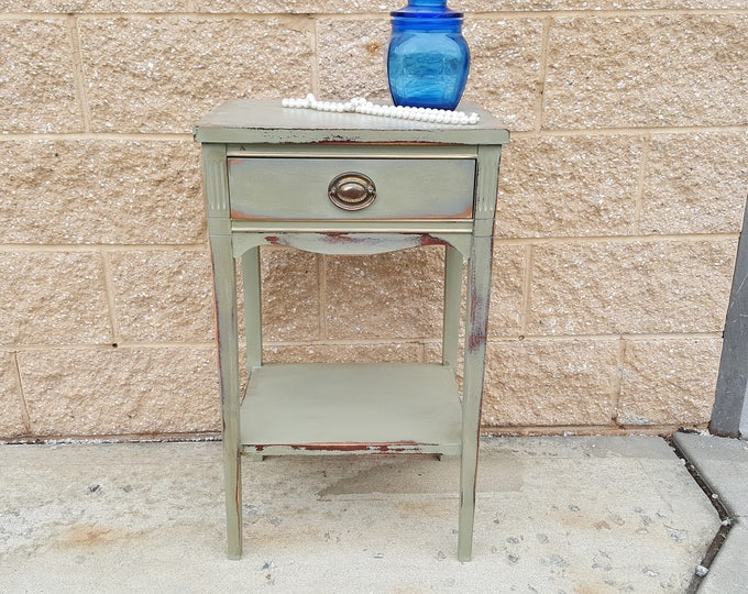 Vintage Shabby chic night table, PICK UP ONLY d, rustic farmhouse night stand, france bedroom,  bedside table, french country,