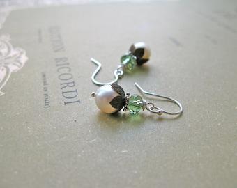 Lilybell short earrings in green