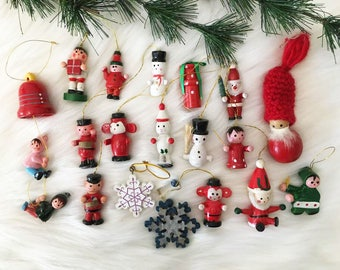 Colorful Wooden Toy Ornaments / Kitschy Ornaments / Toy Ornaments / Children's Tree / 18 Mini Christmas Ornaments/ Snowman / Soldier