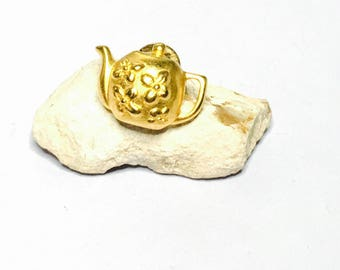 Tea pot pin/lapel, gold tone, Gifts for him, Clearance sale, item no B037