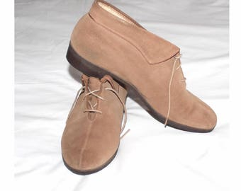 Vintage suede and sheepskin booties. UK 5 1/2 ... US 8. Morlands suede ankle boots