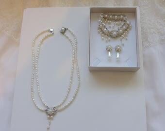 Wedding Crystal Bridal SET Necklace Bracelet And Earrings,Bridal SET with rhinestone Wedding Jewelry Bridal Necklace Ivory pearl Bridal Set