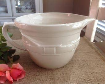 Longaberger Pottery Woven Traditions Ivory Batter Bowl Made in the USA ONLY 5 dollars for SHIPPING