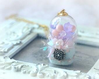 Candy dispenser necklace, mini bubble gum dispenser machine, pastel color handmade needle felt accessories, whimsical jewelry, gift under 25