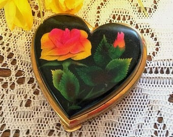 Vintage Reverse Carved Rose Heart Powder Compact