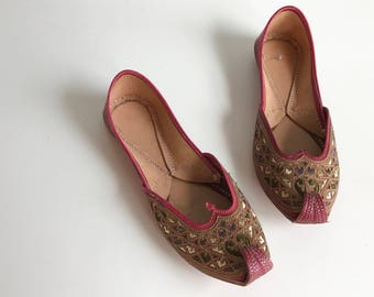 Vintage Tribal Ethnic Shoes / Hand Made Embroidered Red Leather Slippers with Curly Aladdin Toes / Handcrafted