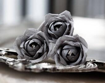 719_ Grey wedding flowers hair pins, gray flower hair pin, Floral wedding hair pins, Bridal small flowers Bridal flower hair accessory.