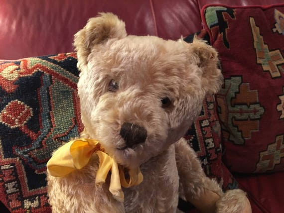 Beautiful Vintage Mohair Steiff Teddy Bear