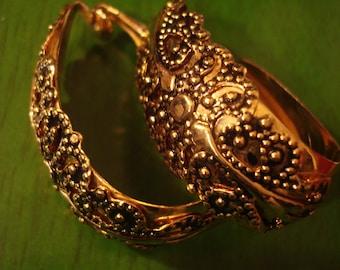 Vintage 1990s Boho Chic Large Gold Ornate Clip  Earrings