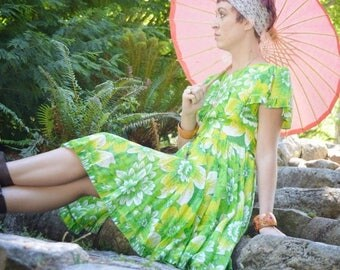 SUMMER SALE Vintage 50's Green Tropical Print Swing Dress  - Full Skirt Square Dance Dress - Cotton Casual Summer Rockabilly Dress - Ladies