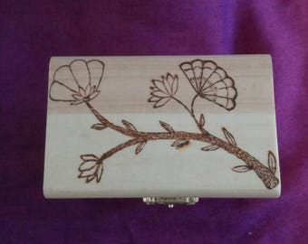 Small Flower Branch and Vine Trinket Box