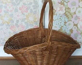 Vintage Wicker Shopping Basket, Picnic Basket, Storge Basket