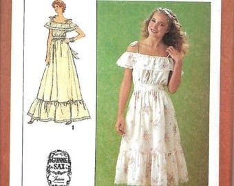 ON SALE Jessica McClintock Gunne Sax Off The Shoulder Dress Pattern, Two Lengths, Simplicity 9015, Size 6-8 & 10, UNCUT