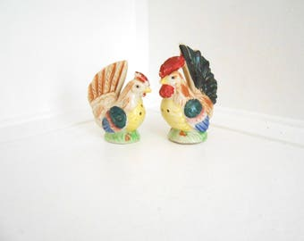 Rooster Figurine Vintage Salt and Pepper Shakers > Japan