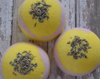 Lavender Lemon Bath Bomb, Bath fizzy, Bath Bomb, Lavender Bath Bomb, Lemon Bath Bomb