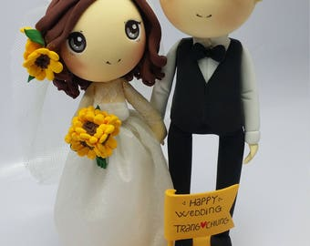 Wedding Cake topper Sunflower wedding theme clay doll,engagement clay figure decoration,custom wedding couple clay miniature in yellow theme
