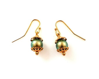iridescent green Swarovski crystal pearl gold earrings hypoallergenic earrings nickel free earrings dangle drop beaded jewelry gifts for her