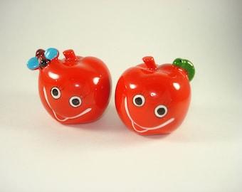 Vintage Apple Salt and Pepper Shakers Retro Red Fruit Servingware Japan Giftcraft 1970s