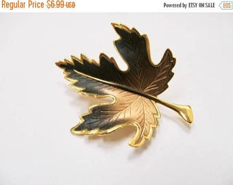 On Sale Vintage Brown to Black Enameled Leaf Pin Item K # 2488