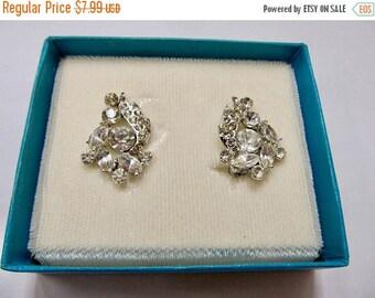 ON SALE Vintage Sparkling Rhinestone Earrings Item K # 2431