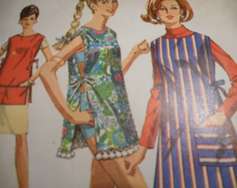 Vintage 1960's Simplicity 7411 Apron or Beach Cover-up Sewing Pattern One Size