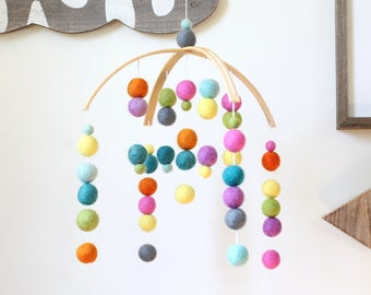 COLORFUL Felt Ball Mobile, Baby Mobile, Crib Mobile, Nursery Cot Mobile, Pom Pom Mobile, Nursery Mobile, Gender Neutral, Custom Mobile