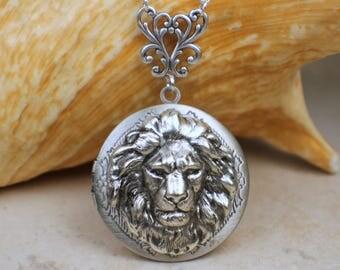 Silver Lion Locket, Small Photo Locket, Photo Locket Necklace, Picture Locket, Keepsake Photo Locket, Wedding Photo Locket