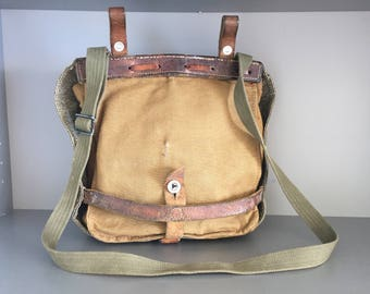 Vintage Swiss Army Salt and Pepper Bag,  WW2 Military equipment,  Man Messenger Across Body Bag, Swiss Army Bread bag,