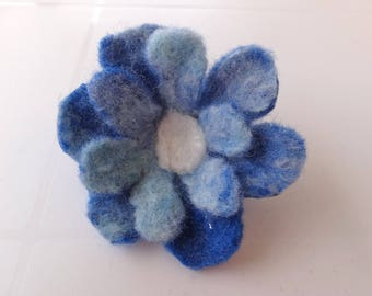 Brooch: flower blue felted Merino Wool.