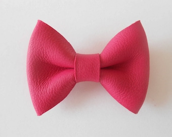 Pink leather knot of 4.5 x 3 cms hand-made