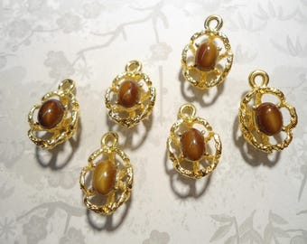 6 Vintage Goldplated Cat's Eye Stone Pendant