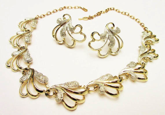 Sarah Coventry Necklace and Earring set - Frosted Feathers set - Gold Silver- Gift for her