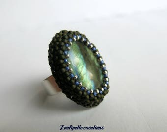 Embroidery of pearls and labradorite stone ring