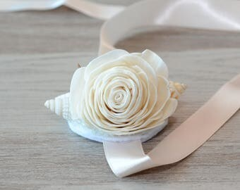 Beach Wedding Wrist Corsage Mermaid Corsage Seashells Corsage sola flower Wrist Corsage Tropical Destination Wedding Mother of Bride bridal