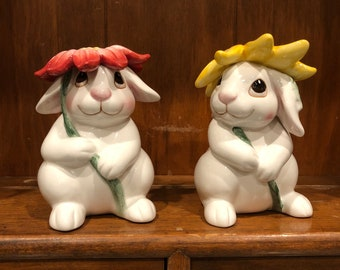 Vintage Fitz and Floyd bunny Blooms shakers