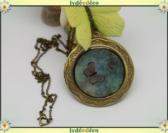 Necklace photo retro vintage resin butterflies and bronze green and taupe Locket 45 mm diameter