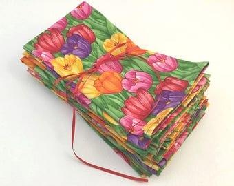 Beautiful Napkin Set, Tulip Napkin set, Rainbow Napkins, Dinner Napkins, Hostess Gift, Tulips, Set eight Napkins, Mothers Day Gift