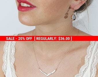 SALE 20% OFF chevron necklace gold geometric necklace chevron pendant necklace everyday minimalist v chevron jewelry necklace geometric