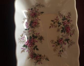 Englsh Country Royal Albert Lavender Rose Dish