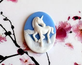 2 or 10 Unicorn on a blue resin cabochons, beautifully crafted, 40 * 30mm
