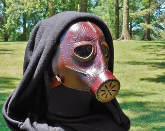 Leather Mask Deep Burgundy Tooled Ladies Gas Mask Dystopia Rising Dieselpunk Steampunk Apocalyptic Cosplay Halloween Cosplay LARP