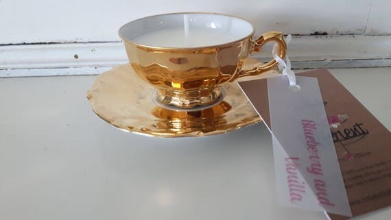 Tea cup candle. Scented with blueberry and vanilla soy wax vegan vintage tea cup candle. Vegan candles. Organic soy. Made in Wales