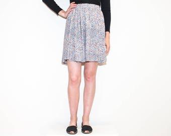 80s white & pastels floral circle skirt / high waist elastic waist mini skirt / size M