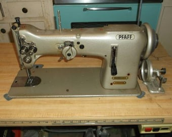 Pfaff sewing machine compelet ready to sew