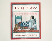 Vintage paperback book: The Quilt Story, by Tony Johnston and Tomie dePaola, this edition printed 1990