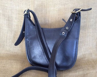 20% SUMMER SALE Genuine vintage COACH black Legacy leather sling shoulder bag crossbody