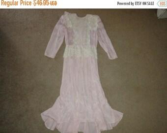 50% OFF Size 10  Vintage Lace 1960s Dress 42 inch Bust 50 inch length Michele Stuart  lined inside