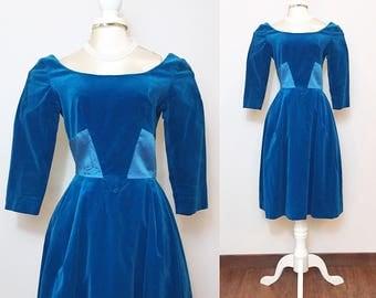 Vintage 1960s Dress / Velvet and Satin / Aqua Blue Dress