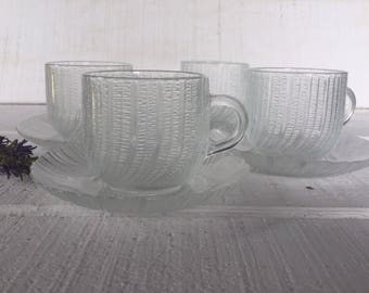 France Arcoroc Cup & Saucer, Clear Swirl Scalloped Tea Cup and Saucer in Excellent Condition, JG Durand Seabreeze crystal cup and saucer set